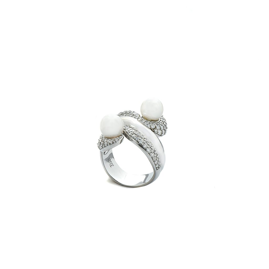 Pearl and diamond ring2