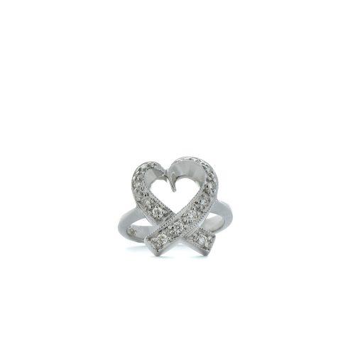 Heart design diamond ring