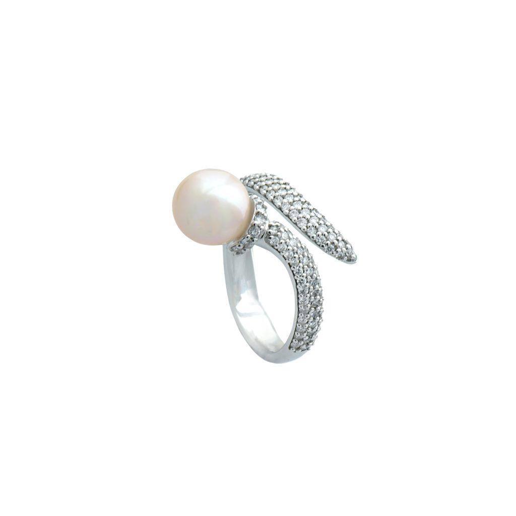 Brilliant_pearl_rings2